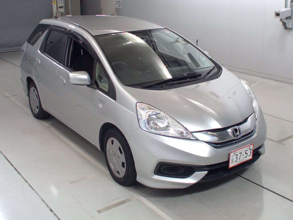 HONDA FIT SHUTTLE, 2014 (гибрид)