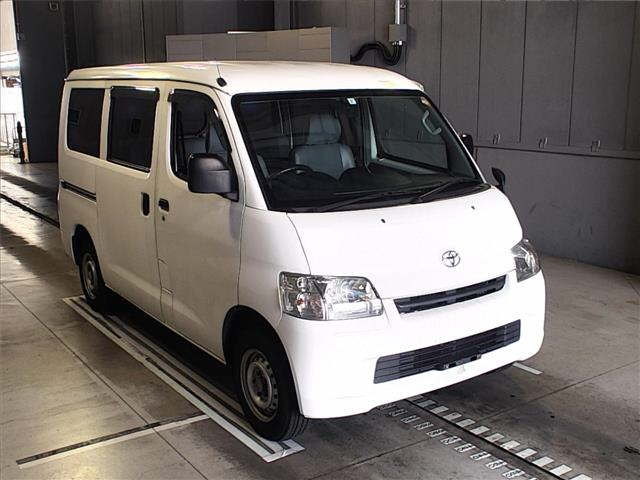 TOYOTA TOWN ACE, 2014 (4WD)